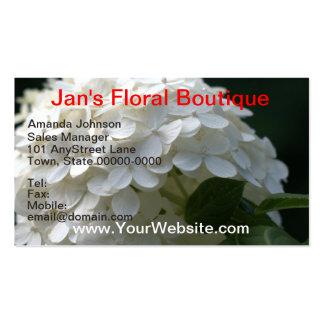 Flores blancas bonitas del laurel de montaña del tarjetas de visita