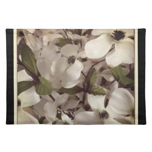 flores blancas con los pequeños pétalos mantel