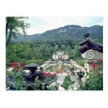 Flores blancas de Linderhof del castillo Tarjeta Postal