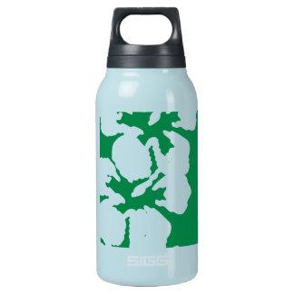 Flores blancas del hibisco en verde esmeralda botella isotérmica de agua
