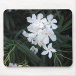 flores blancas tapetes de ratones