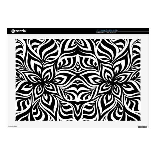 Flores blancos y negros del fractal de la tinta skins para portátil