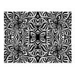 Flores blancos y negros del fractal de la tinta postal