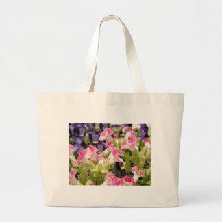 Flores Bonitas  Beautiful flowers Jumbo Tote Bag