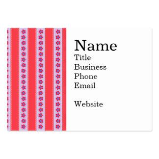 Flores bonitas y rayas rosadas y púrpuras plantilla de tarjeta de visita