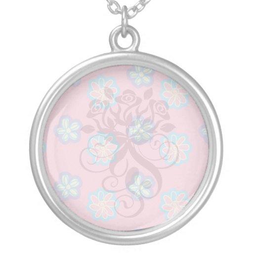 flores caprichosas lindas en rosa colgantes