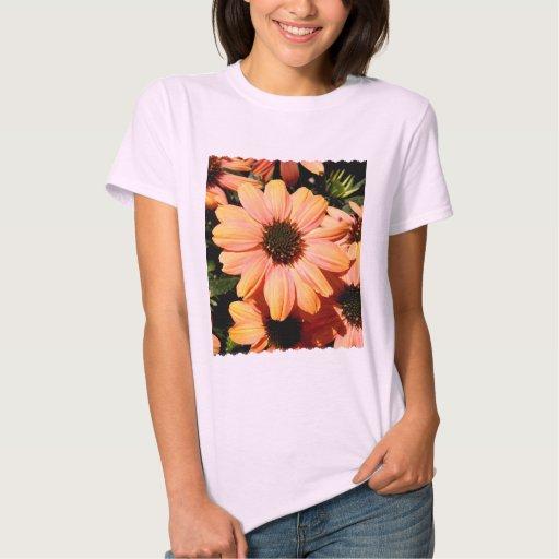 Flores coloreadas melocotón camisas
