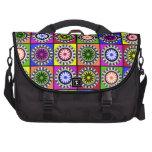Flores coloridas brillantes del arte pop bolsas de portátil
