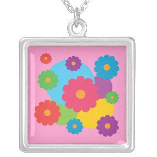 Flores coloridas colgante cuadrado
