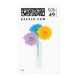 Flores coloridas en florero franqueo