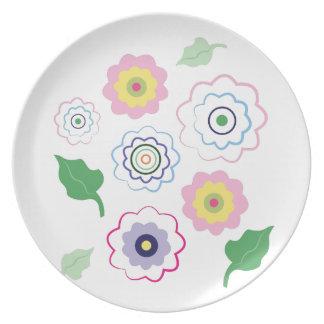 Flores coloridas plato