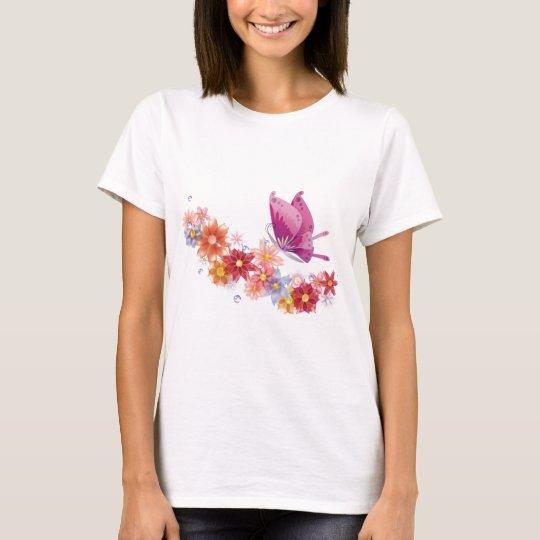 Flores coloridas y mariposa rosada playera