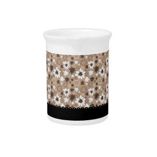 Flores de Brown con las rayas negras Jarra Para Bebida