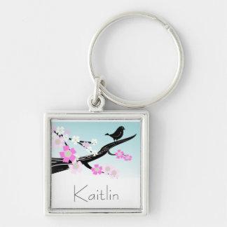 Flores de cerezo adaptables del pájaro del gorrión llavero cuadrado plateado