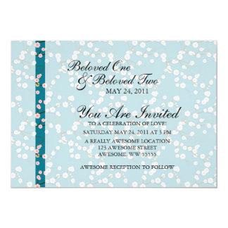 """Flores de cerezo azules y rosadas invitación 5"""" x 7"""""""