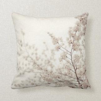 Flores de cerezo blancas - primavera del Central P Almohada