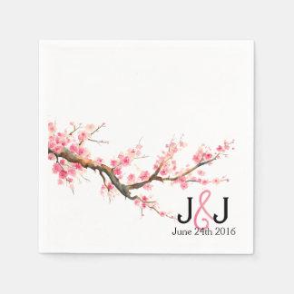 Flores de cerezo de la acuarela que casan servilletas de papel