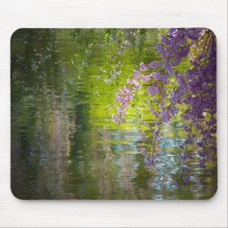 Flores de cerezo impresionistas mouse pads