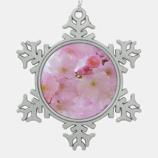 Flores de cerezo, japonesas adorno de peltre en forma de copo de nieve