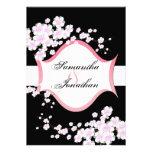 Flores de cerezo negras y blancas de la invitación