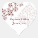 Flores de cerezo que casan a los pegatinas pegatinas corazon