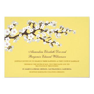 Flores de cerezo que casan la invitación (limón)
