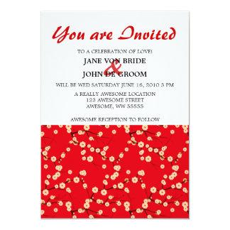 Flores de cerezo rojas y blancas invitación 12,7 x 17,8 cm