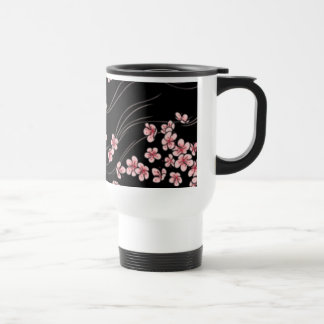Flores de cerezo rosadas en negro taza de viaje