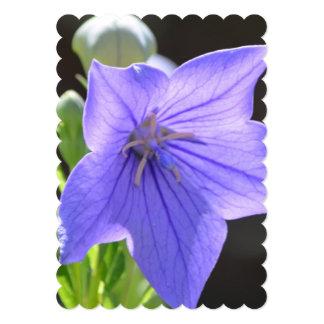"""Flores de globo florecientes invitación 5"""" x 7"""""""