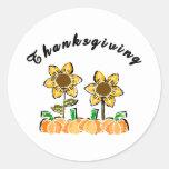 Flores de la acción de gracias pegatina redonda