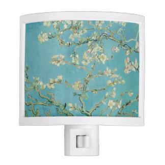 Flores de la almendra de Vincent van Gogh Luz De Noche