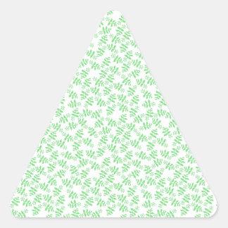 Flores de la cabaña del vintage en verde pegatina triangular