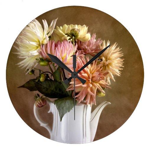 Flores de la dalia relojes de pared