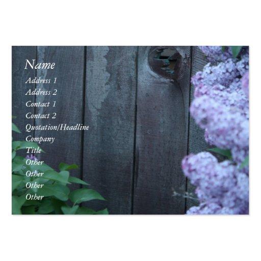 Flores de la lila y tarjeta de madera vieja del pe plantilla de tarjeta personal