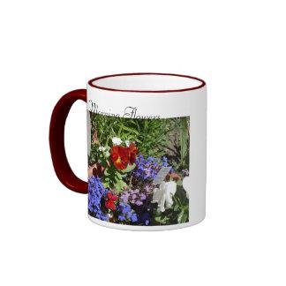 Flores de la mañana tazas de café