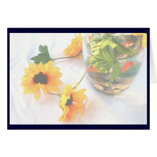 Flores de la pieza central del boda del Goldfish Felicitaciones