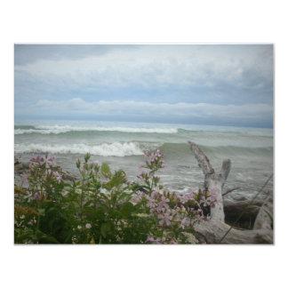 """Flores de la playa invitación 4.25"""" x 5.5"""""""