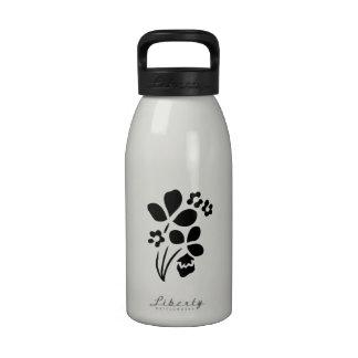 Flores de la primavera botella de agua