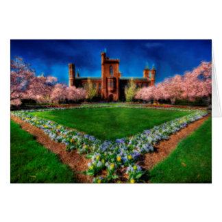 Flores de la primavera del jardín del castillo de tarjeta pequeña