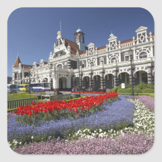 Flores de la primavera y ferrocarril histórico, pegatina cuadrada