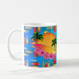 Flores de la tabla hawaiana y del hibisco taza
