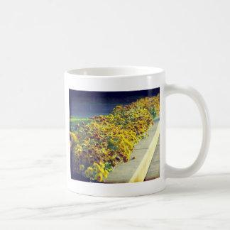 Flores de la tarde taza