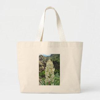 Flores de la yuca en las Azores Bolsas Lienzo