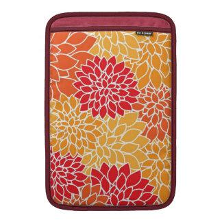 Flores de las dalias del rojo anaranjado del estam funda macbook air