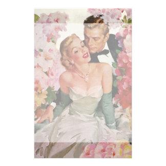 Flores de los recienes casados del novio de la  papeleria de diseño