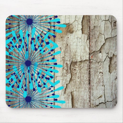 Flores de madera del azul del trullo del granero v tapete de ratón