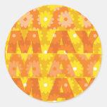 Flores de mayo etiquetas redondas