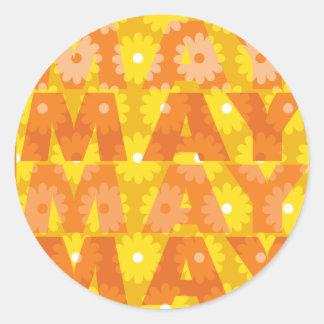 Flores de mayo pegatina redonda