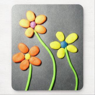 Flores de Playdough de la primavera Alfombrilla De Raton