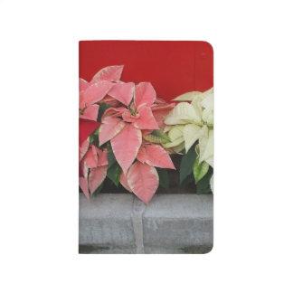 Flores de Pointsettia del navidad Cuadernos Grapados